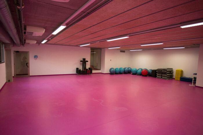 Instalación Económica para Sala de Fitness. Audiovisuales Mister Mix