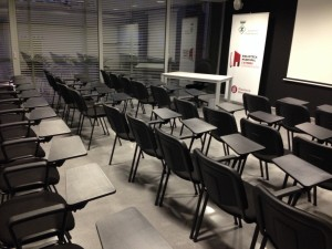 Instalación Audiovisual en Sala de Actos. Audiovisuales Mister Mix