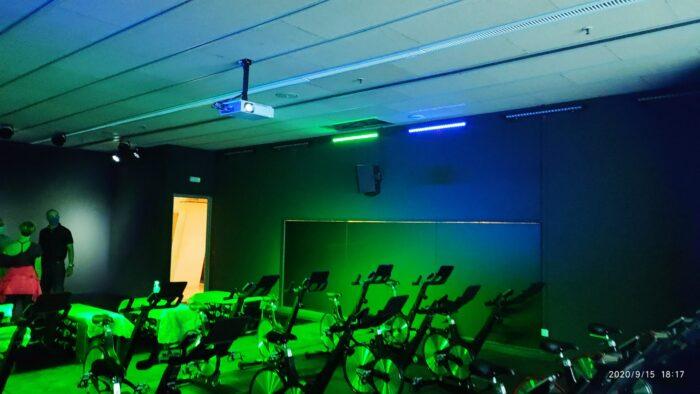 Spinning virtual con iluminación espectacular
