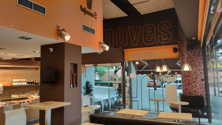 Instalación Audiovisual en Panadería Ciabbatta. Audiovisuales Mistermix