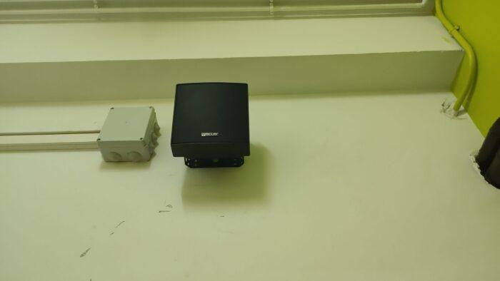 Pase de Cableado y Cajas de Conexiones para Altavoces. Audiovisuales MisterMix