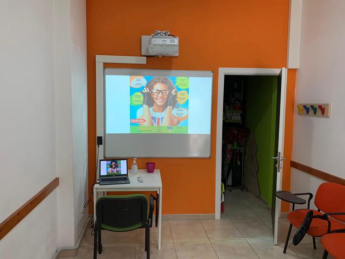 Instalar proyector en aula