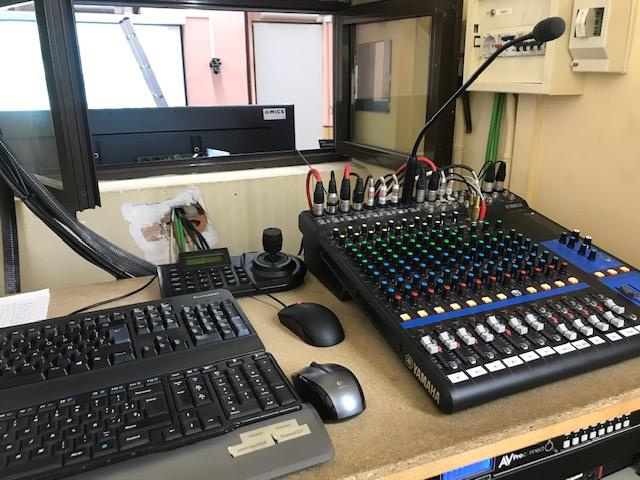 Instalación Audiovisual en Sala de Prensa