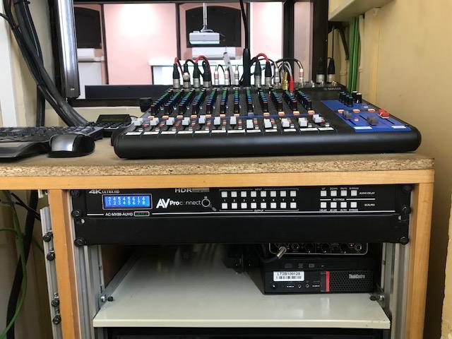 Sala de Control de un Auditorio. Mister Mix