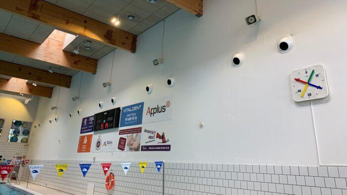 Reforma Audiovisual de Centre Esportiu. So en Piscina Competició